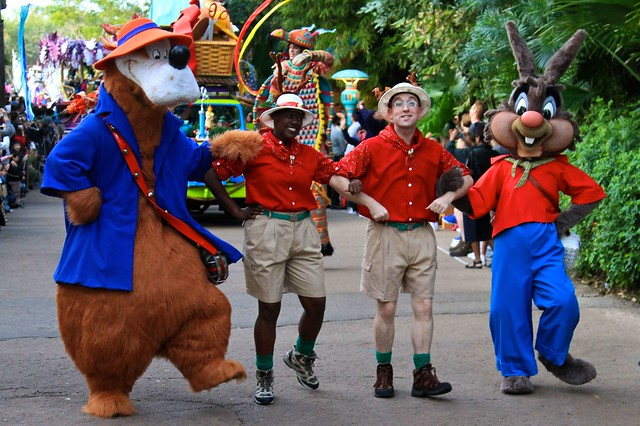WDW Dec 2009 - Mickey's Jingle Jungle Parade