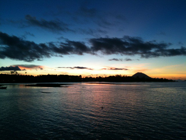 Photo:インドネシア、メナドの夕日2 By tuffo_diving_take