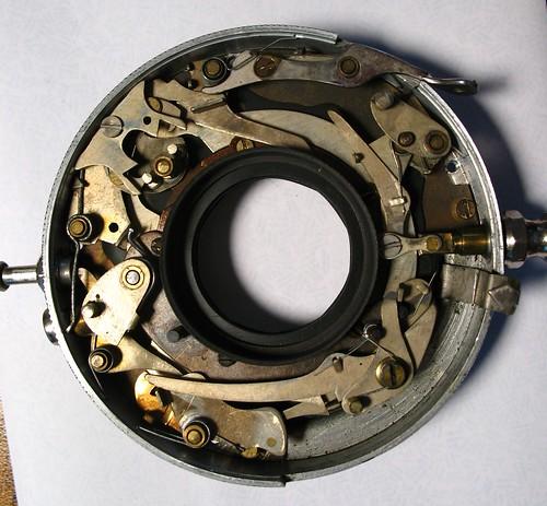 Optimo 1A shutter mechanism