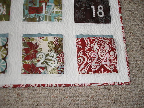Free quilted advent calendar patterns.