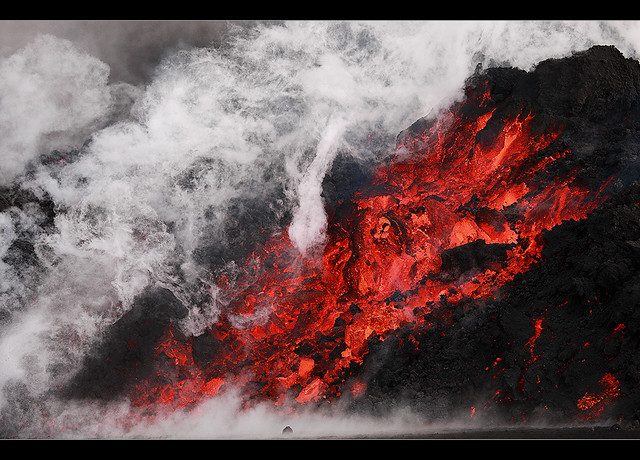 Smoking Hot - Eyjafjallajökull Eruption