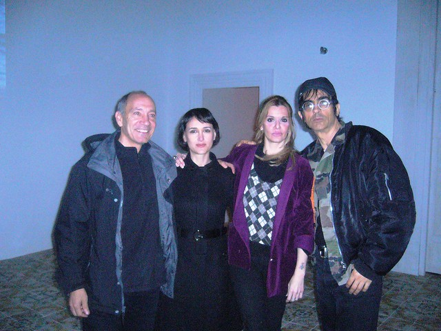 Beatrice Feo Filangeri  (art director di Palazzo Resuttano Contemporary Art Space) con gli attori del film