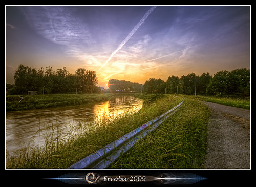 trees sunset sky water clouds photoshop canon river rebel belgium belgique tripod belgië sigma tips remote curve 1020mm erlend hdr mechelen cs3 dijle 3xp photomatix tonemapped tonemapping xti 400d mechele erroba robaye erlendrobaye
