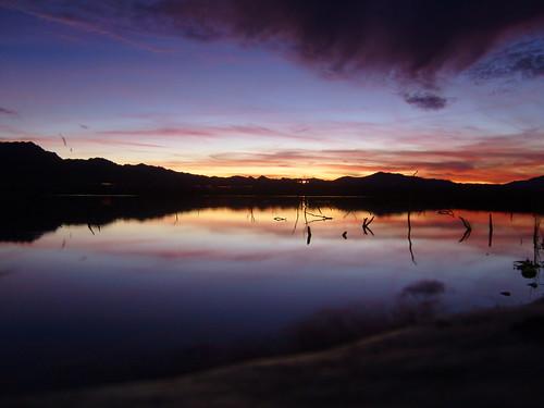 sunset arizona reflection water golden paradise catfish shores i40 topock