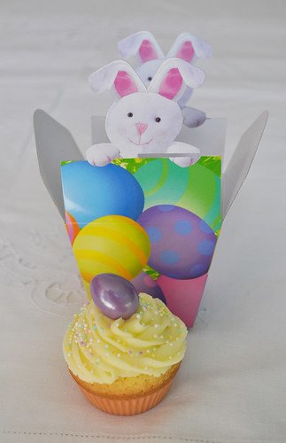Easter Cupcake + Easter packaging