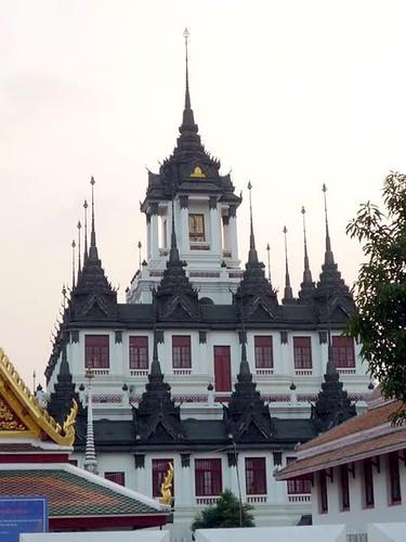 BANGKOK, THAILAND - Wat Rachanadda temple/ БАНГКОК, ТАИЛАНД - Храм Рачанадда