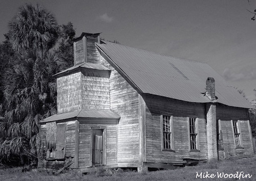 travel usa history church photoshop canon landscape island town photo cool nikon fuji florida grove ghost picture photograph worn weathered fl methodist deserted delapidated centralflorida hwy301 oldhistorical mikewoodfin islandgrovemethodistchurch crosscreekabandonedscaryspookyawesomebwblackandwhite
