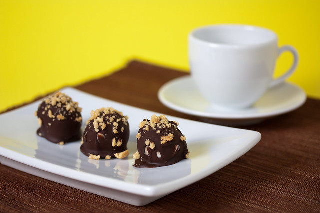 Vegan Peanut Butter Bombs