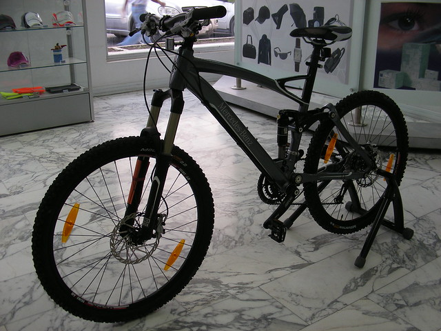 mercedes benz mountain bike flickr photo sharing. Black Bedroom Furniture Sets. Home Design Ideas