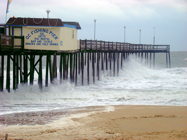 Northeaster waves at the fishing pier ocean city md for Ocean city md fishing