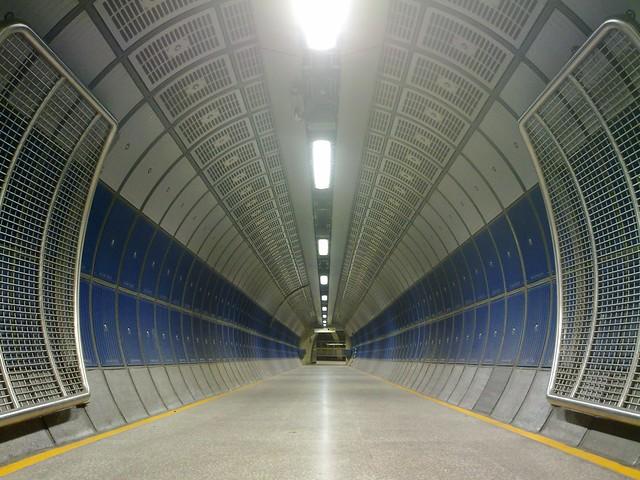 Tunnels of London Bridge, 13:31