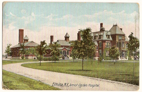Old Vintage Postcard showing Elmira, New York, Arnot Ogden Hospital 1908