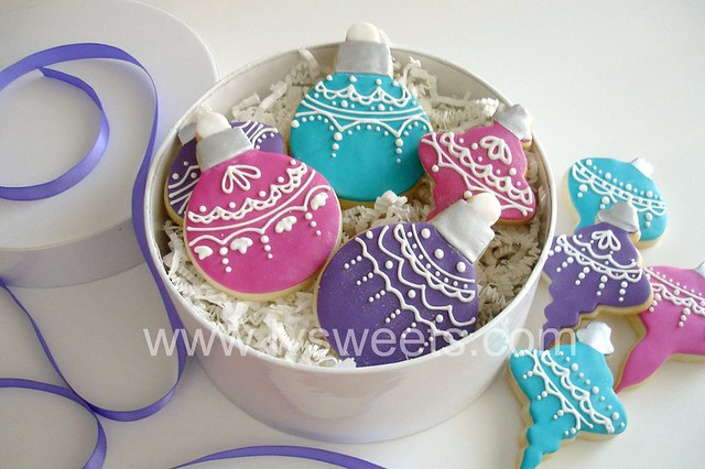 Lace Ornament cookies