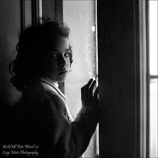 Dietro la finestra - Behind the window