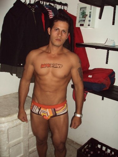 Bares gay en Bogot - YouTube