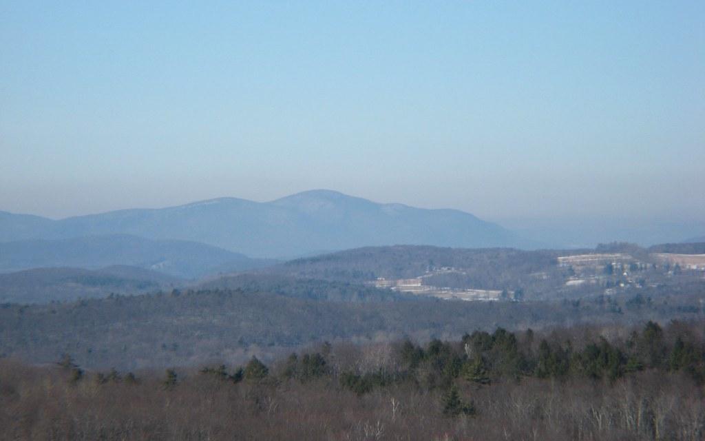 Hotels Near Mohawk Mountain