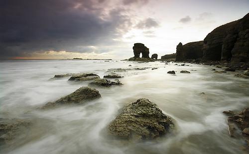 longexposure sea seascape sunrise dawn coast rocks stack northumbria coastline cave gitzo whitburn tyneandwear northeastengland sigma1020 singhrayfilters samsunggx20 aramblewithamble steveboote