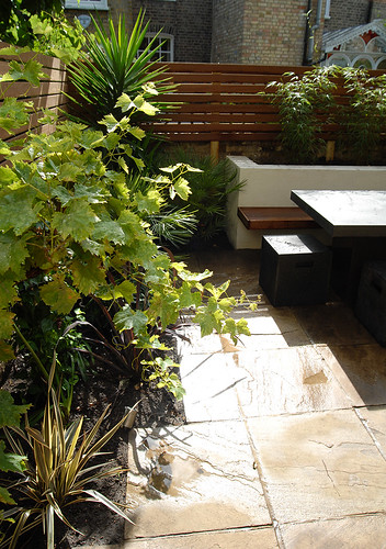 Contemporary-Garden-Designers-Josh-Ward