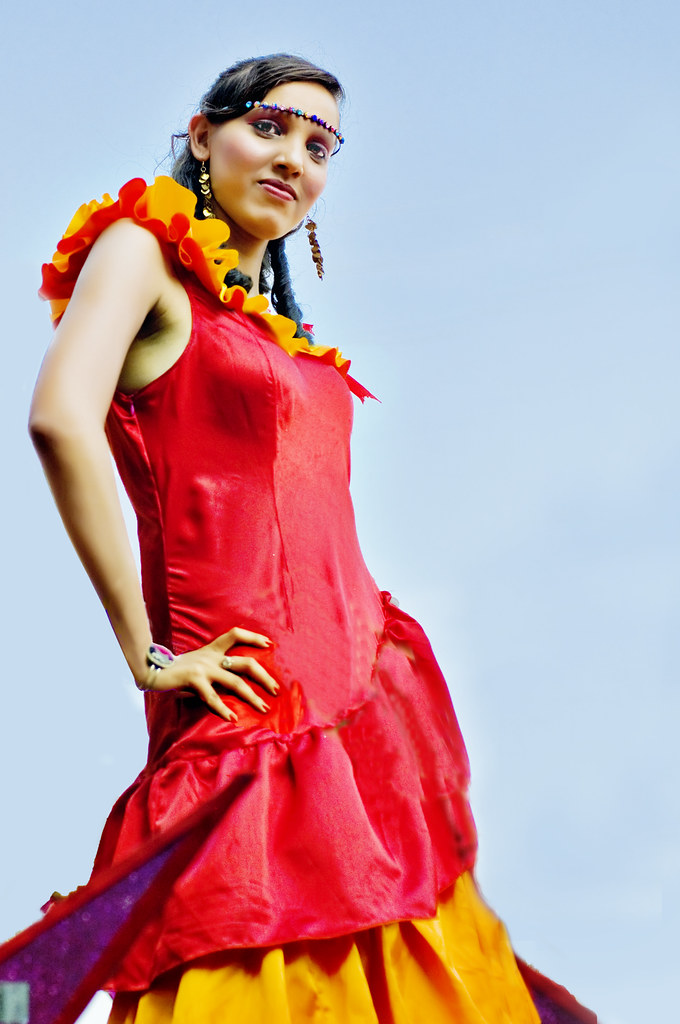 The Girl in Red and more Blings at the Goa Carnival