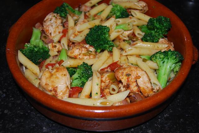 pasta met kip en broccoli