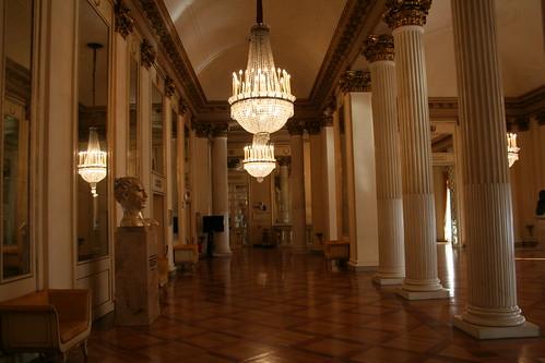 20091112 Milano 16 Teatro alla Scala 01