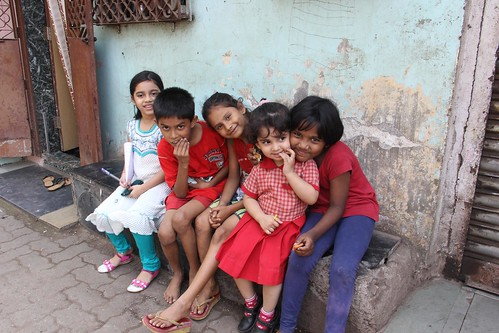 The Street Photographer With Her Fans At Bandra Bazar Road by firoze shakir photographerno1