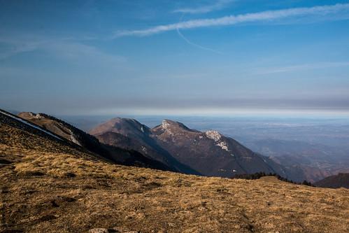 mountains montagnes pyrénées bassia france