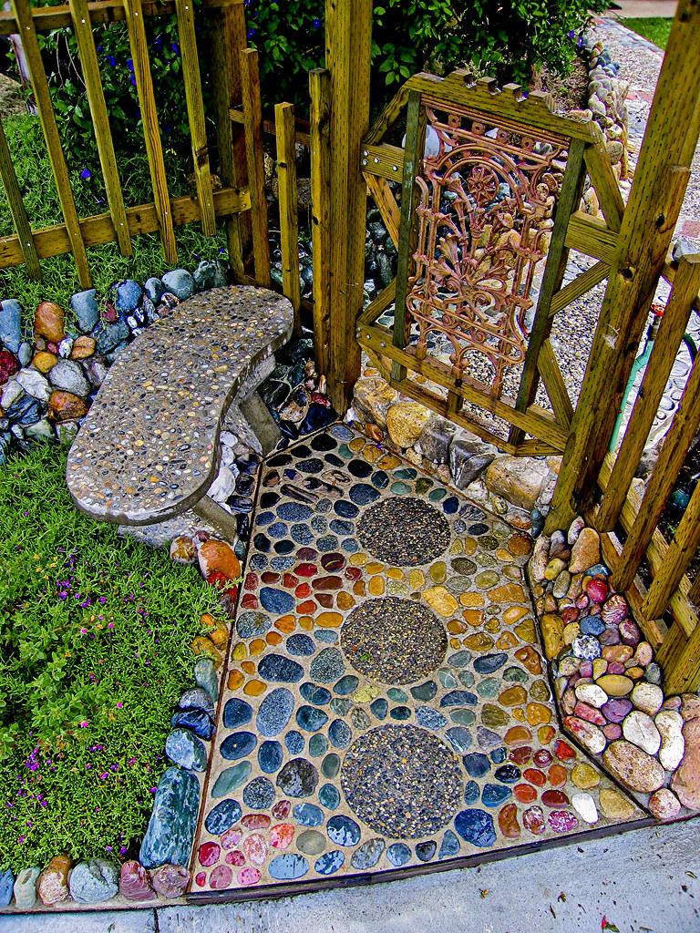 garden, taş boyama, bahçe, kapı önü