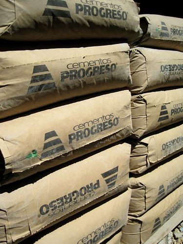 Cena cementu
