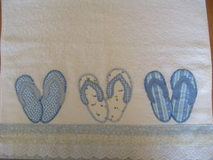 Toalha banho chinelinhos