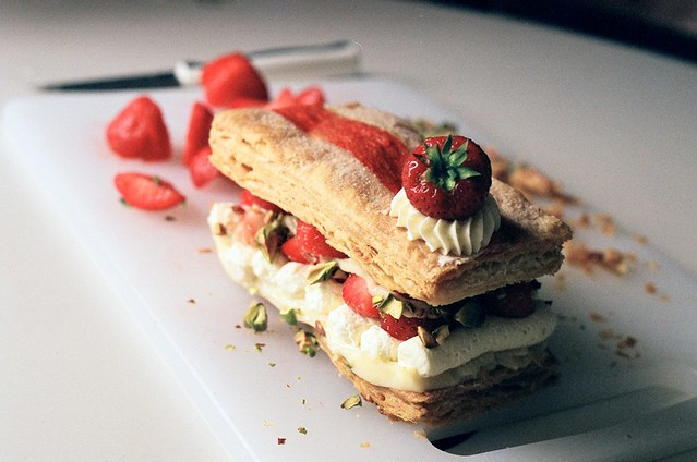 strawberry mille feuille : pistachio + white chocolate cre… | Flickr ...