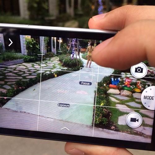 Samsung Galaxy Camera 2 แยกปรับโฟกัสและ Exposure กันคนละจุดได้