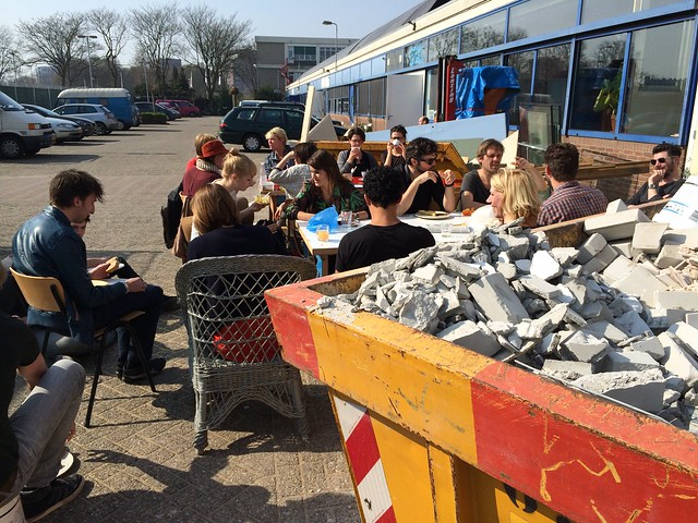 Vechtclub XL lunch in the sun
