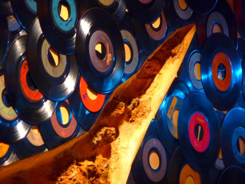 Décor avec des vieilles disques