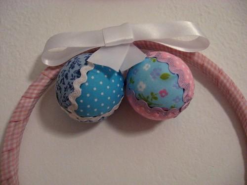 bolas de natal de patchwork, com retalhos 7026