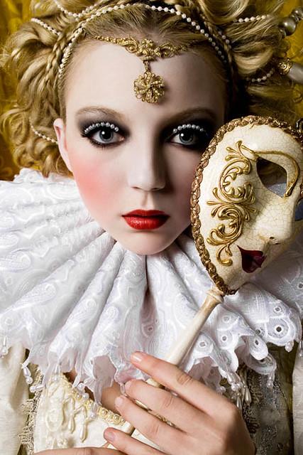 Alexia Sinclair - Beauty Shot: Louise Van De Vorst