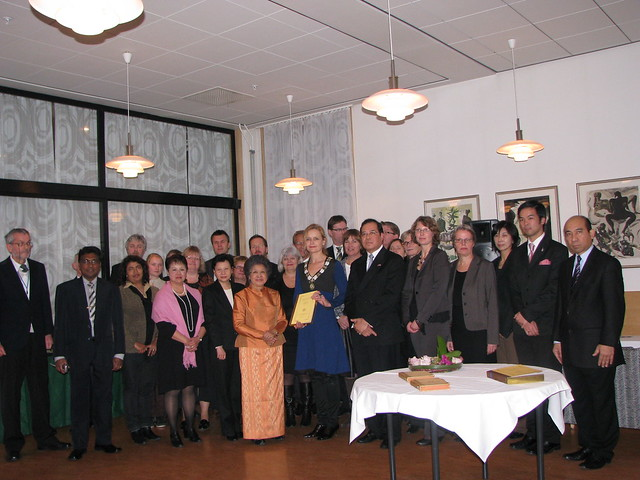Tipitaka Presentation to Univ of Oslo & Pilgrimage to Norway 2009