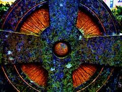 art(0.0), window(0.0), fractal art(0.0), psychedelic art(0.0), glass(0.0), stained glass(0.0), symmetry(1.0), kaleidoscope(1.0), circle(1.0),