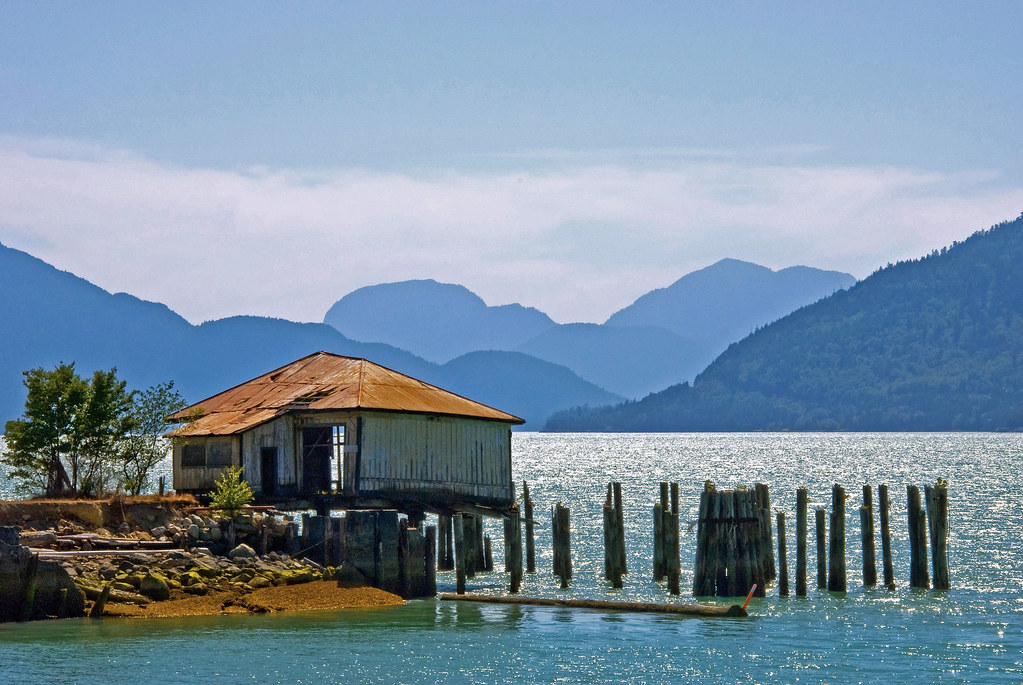 Browning Lake British Columbia Around Guides