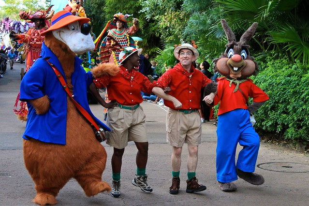 WDW Dec 2009 - Mickey's Jingle Jungle Parade