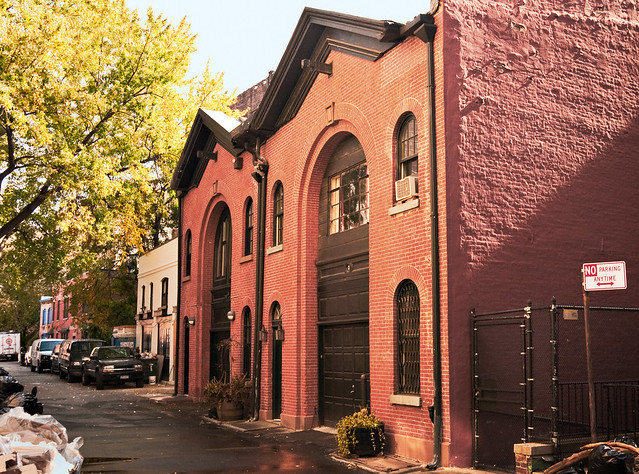 Hunts Lane carriage houses (19th c.), Brooklyn Heights, New York