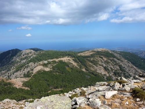 Du sommet du Monte Calva : la crête de Luviu avec la piste des bergeries