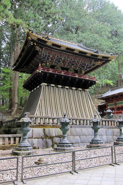 Nikkō: Taiyūin-byō - Koro