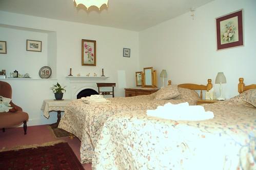 bedroom 012