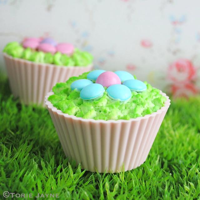 Gluten free Flower cupcakes