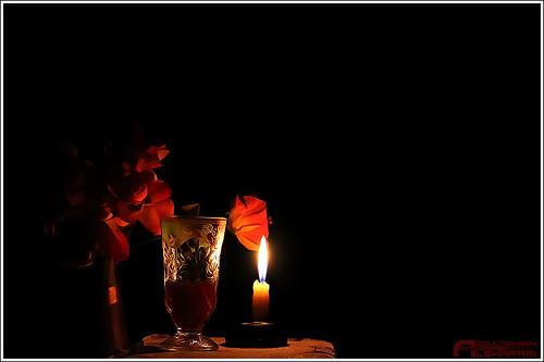 رومانسي + شمعة