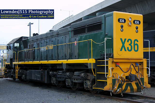 X36 at South Dynon by Les 'LowndesJ515' Coulton
