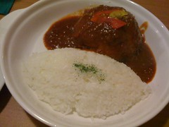 meal(1.0), curry(1.0), steamed rice(1.0), japanese curry(1.0), food(1.0), dish(1.0), cuisine(1.0),
