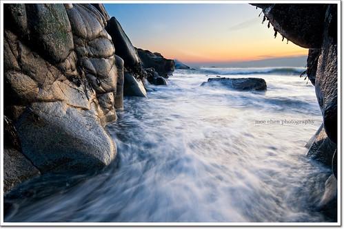 ocean pool sunrise dawn rocks surf maine sigma moe 1020mm chen biddeford moe76