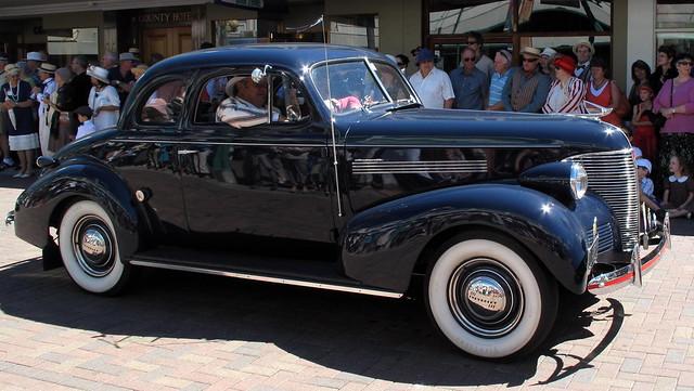 deco vintage cars deco vintage car parade flickr photo